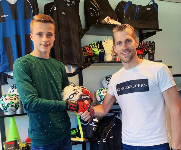 Keeptalent Timo Jansink gaat samenwerking aan met SKOR Sports
