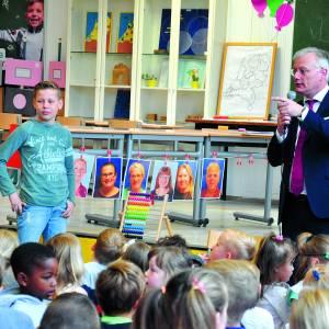Leerlingen Montessorischool blikken terug en vooruit met burgemeester