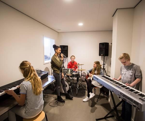 Almelose VO-scholen werken samen met ArtEZ Conservatorium Enschede