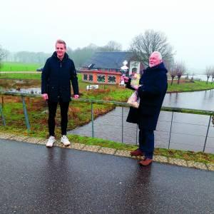 Bertus de Jongeburcht wint eerste wandelwedstrijd Almelose Ommetje Bokaal