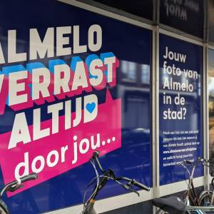 Vervolg Fotowedstrijd van Almelo Promotie en de gemeente Almelo<br />Winnende foto's komen op panden in de binnenstad